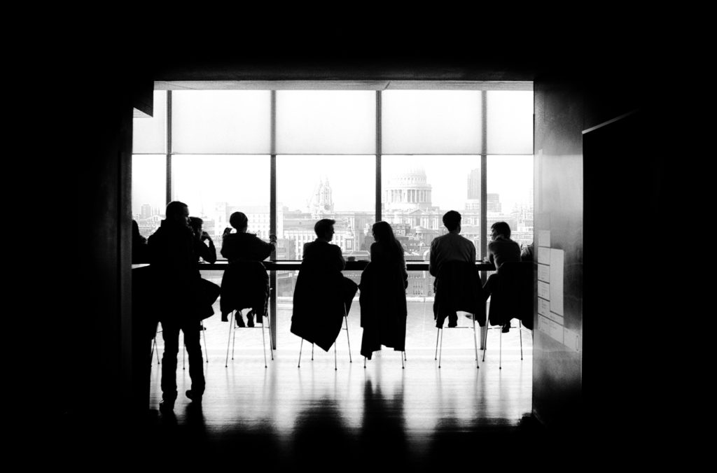 investir em startups equipe